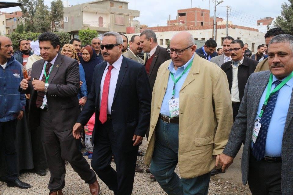 محافظ دمياط ينيب سكرتير عام المحافظة فى بدء انطلاق القافلة التنموية الشاملة لجامعة عين شمس